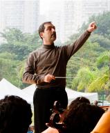 Close Maestro Galindo by Dani Gurgel, 2011, Ibirapuera Park