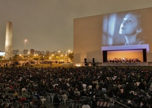 Movie Metropolis -Ibirapuera Park -with Brasil Jazz Symphony Orchestra